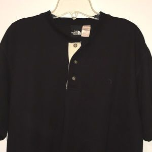 THE NORTH FACE MEN'S SHORT SLEEVE HENLEY